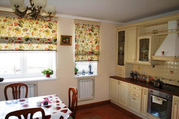 римские шторы для кухни фото новинки 2019