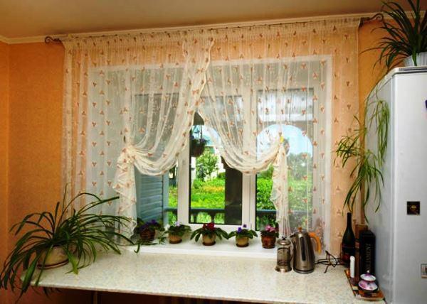 короткие шторы на кухню фото новинки 2019