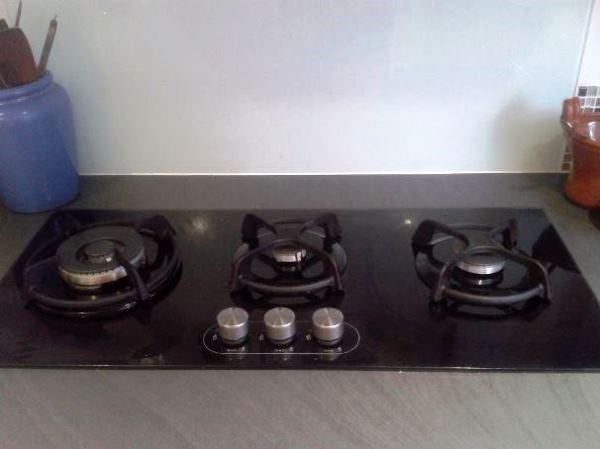 варочная панель газовая 3-х конфорочная встраиваемая 45 см фото 4