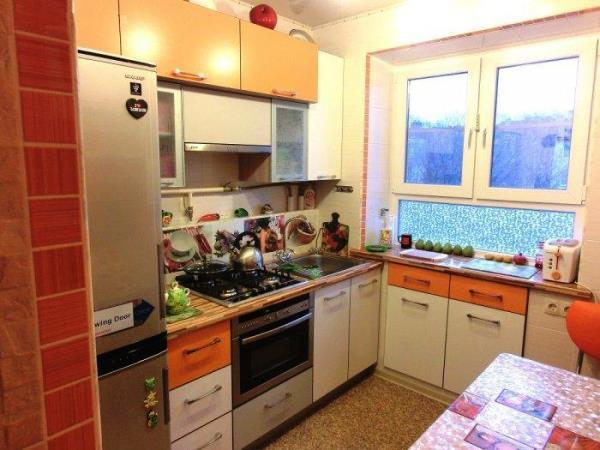 Дизайн кухни фото 6 кв метров в хрущевке с газовой плитой