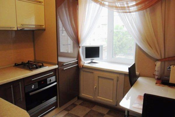 Дизайн кухни 5 кв.м фото в хрущевке с холодильником