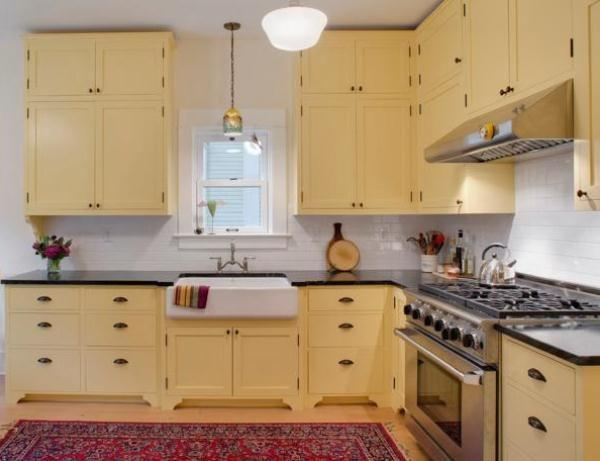 Дизайн квадратной кухни 12 кв. м фото