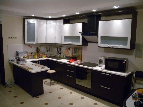 дизайн прямоугольной кухни 10 кв м фото