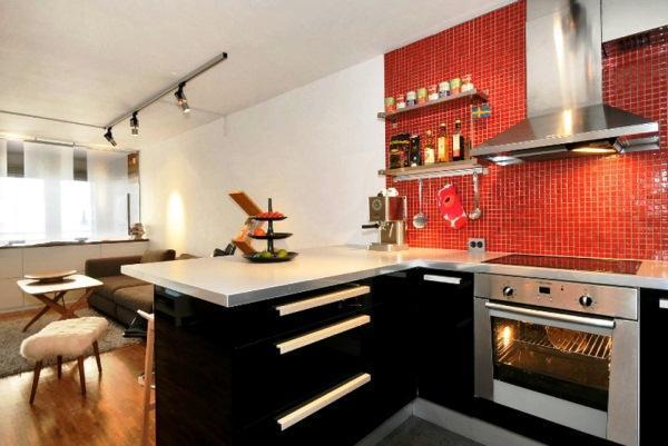 красивые интерьеры квартир фото кухни совмещенной с гостиной фото 6