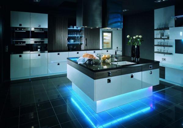 красивые кухни в частном доме фото