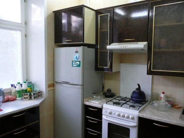 Кухни угловые малогабаритные с холодильником 5кв м фото