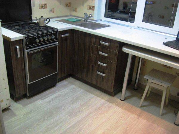 кухня 5. 5 кв. м дизайн фото 4