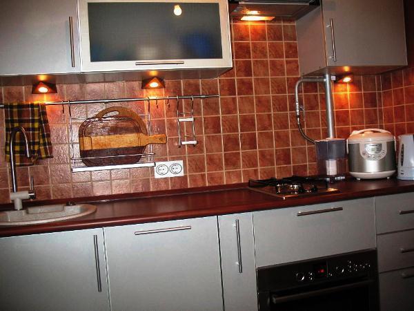 кухня 5. 5 кв. м дизайн фото 7