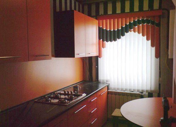 Мультифактурные жалюзи для кухни фото
