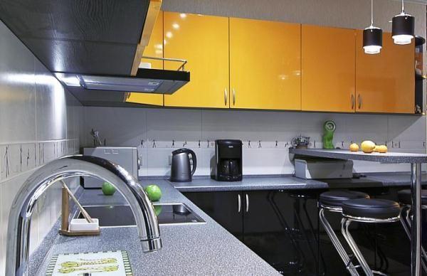 Кухонные гарнитуры фото для маленьких кухонь 9 кв.м угловые