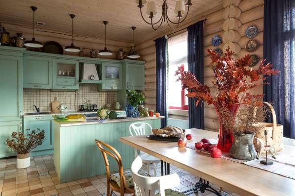 Интерьер кухни-столовой в частном доме фото