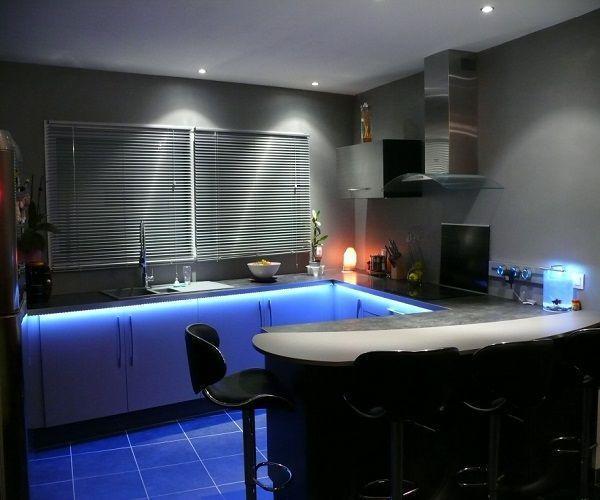 Кухни в доме фото в частном доме