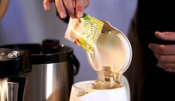как очистить чайник от накипи в домашних условиях фото 3