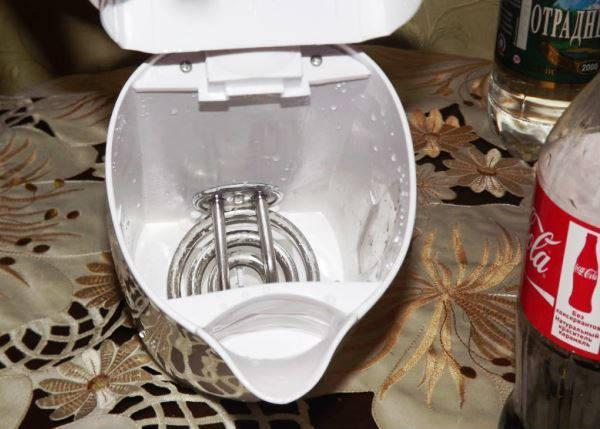 как очистить чайник от накипи в домашних условиях фото 6