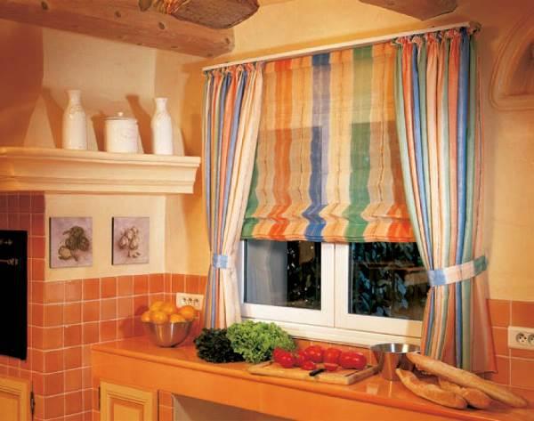 римские шторы на кухню фото 3