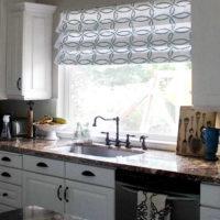 римские шторы на кухню фото 40